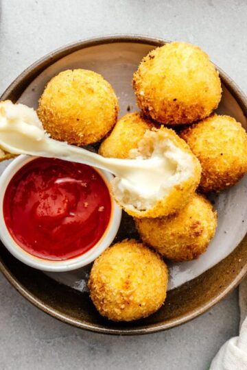 How to make Cheesy Potato Balls
