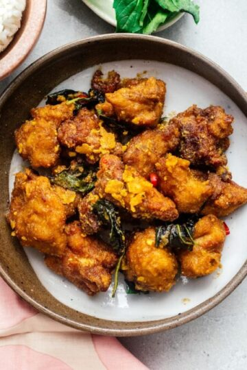 Salted Egg Yolk Fried Chicken Recipe