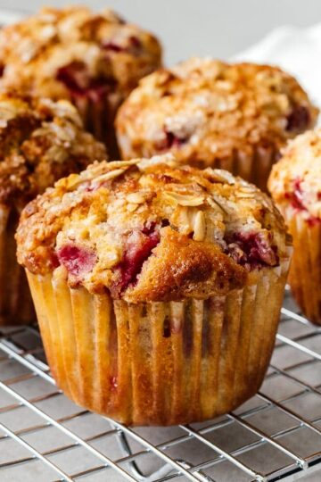 strawberry oat muffin ingredients